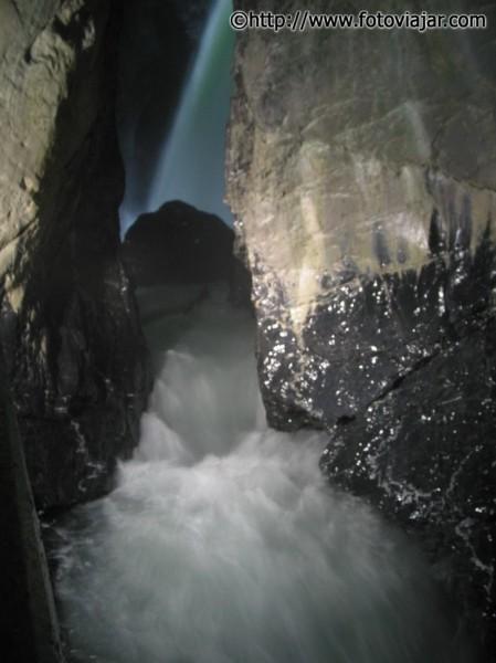 queda agua trummelbach