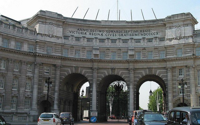 Admiralty Arch visitar Londres roteiro guia
