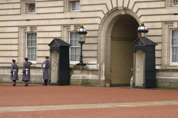 Palacio Buckingham visitar Londres roteiro guia
