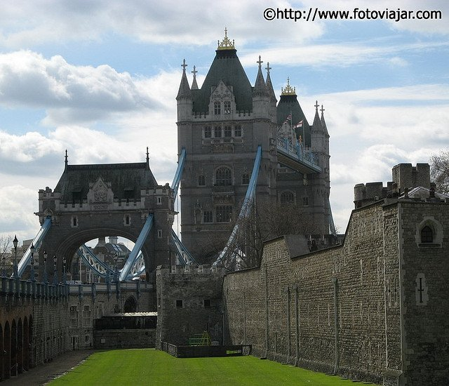 Tower Bridge e Tower of London visitar Londres roteiro guia