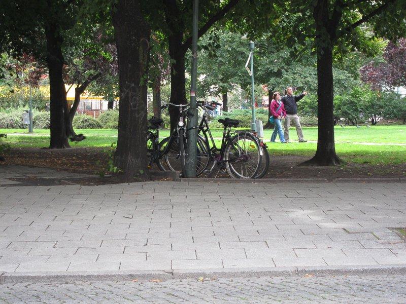 Os parques de Berlim são fantásticos para passear quando o sol brilha