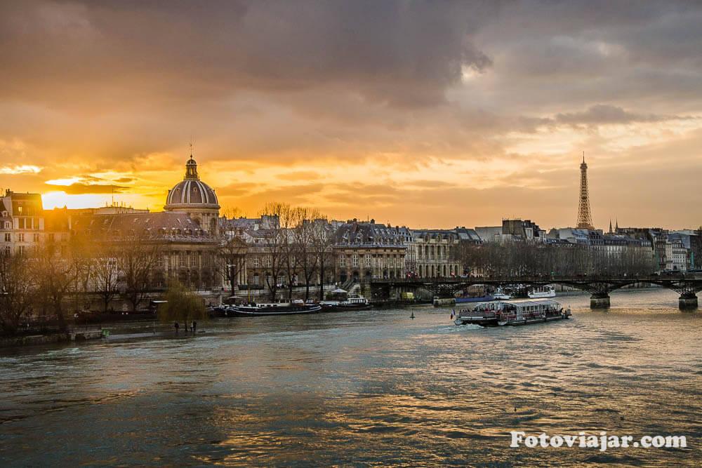 Paris rio sena