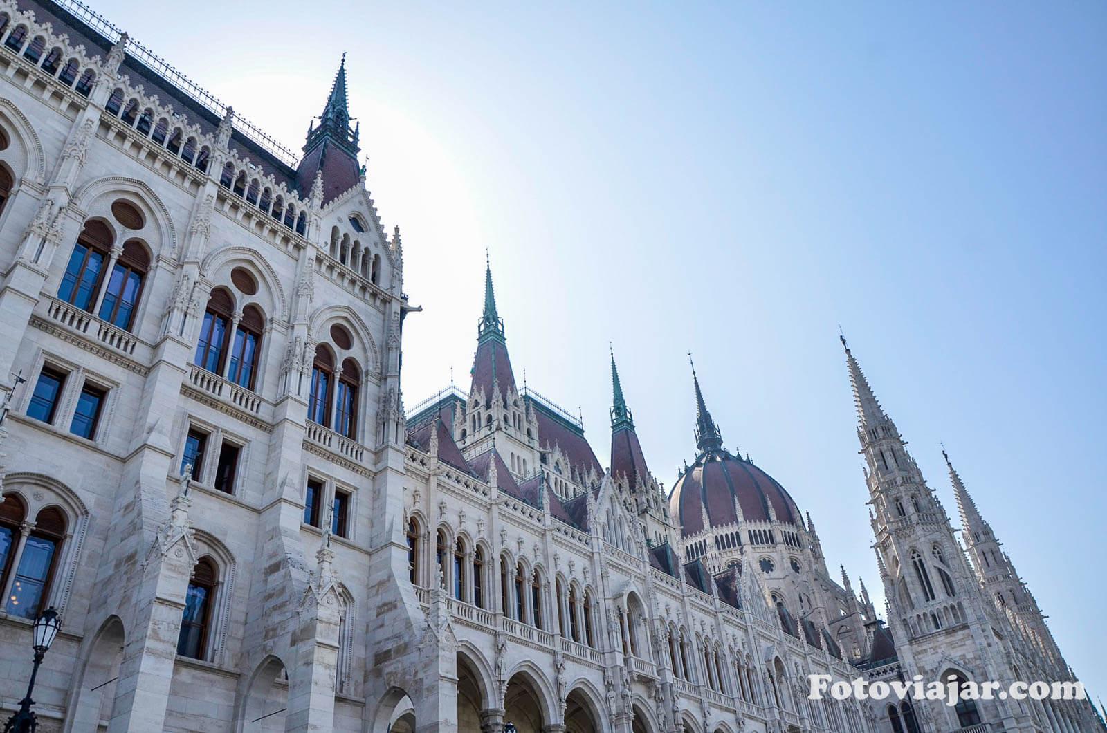 visitar budapeste parlamento hungria
