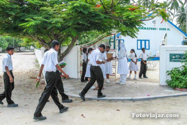 escola maldivas