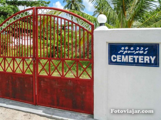 cemiterio maldivas