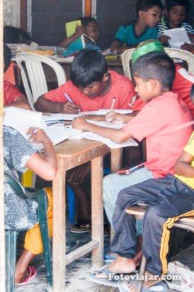 maldivas escola