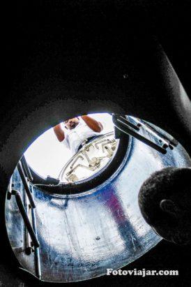escotilha a abrir num submarino maldivas