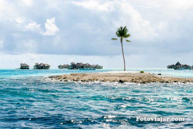 pequena ilha deserta maldivas