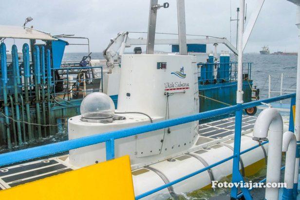 submarino maldivas