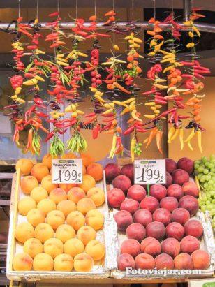 mercado fruta barcelona
