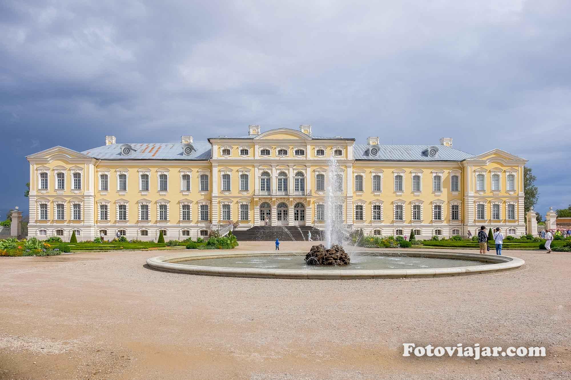 palacio rundale