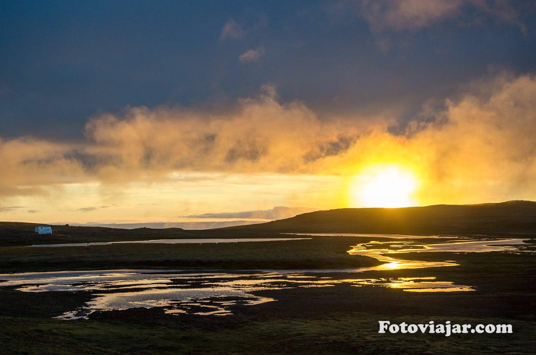 por sol islandia